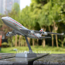 PLANE MODEL SCALE 1:250 COLLECTOR AIRCRAFT BOEING 747-400 AIRLINER REPLICA