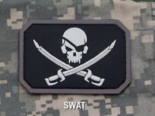 PIRATE SKULL FLAG SWAT TACTICAL BLACK OPS BADGE MORALE PVC MILITARY PATCH