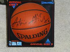 Autographed Antonio McDyess Basketball Signature Rookies authenticity hologram!