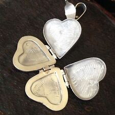 Beautiful  Vintage Heart Locket With Open In 4 Clover Leaves Sterling Silver 925