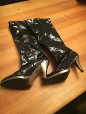 RIVER ISLAND KNEE HIGH PATENT BOOTS.BLACK.UK SIZE 6. COMFY FUNKY BOOTS! BARGAIN.