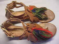Kelsi Dagger Daralis Peacock Feather Leather Sandals 8M used but NICE!