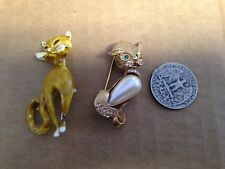 Vintage Un-named Pair of Cat Brooches Gold Toned & Hand Painted *SEE PHOTOS