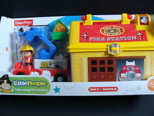 NEW LITTLE PEOPLE Take Along Fire Station Play 'n Go Truck Play Family Case Dog
