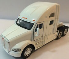 Kinsmart 1:68 scale Kenworth T700 tractor Truck Cab diecast model PullBack White