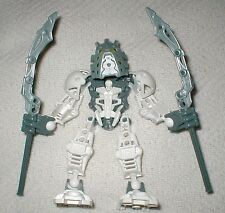 Lego Bionicle STARS TAKANUVA (7135) Complete Figure + GOLD PIECE