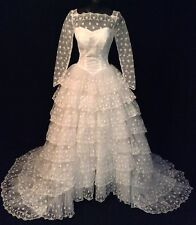 Vintage 50's 60's Ivory Lace Ball Gown Tulle Modest Neckline Long Sleeves Size 2