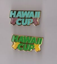 Lot de 2 pin's football / Hawaii International Cup (époxy)