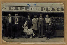 Carte Photo vintage card RPPC groupe homme femme devant café de la Place kh0368