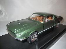 """Ertl/American Muscle  1967  Shelby  GT-350  """"grün-metallic""""  1:18 OVP !!!"""