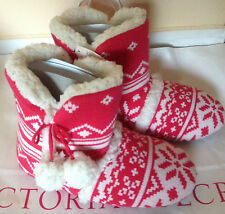 Victorias Secret Slippers Mukluk House Booties Knit Boots Fuzzy 9-10 Large New