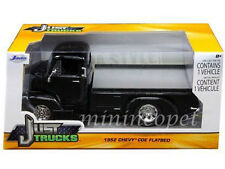 JADA 97465 1952 52 CHEVROLET COE FLATBED 1/24 DIECAST BLACK with CHROME WHEELS