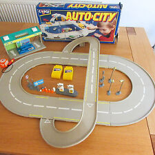 Vintage CORGI AUTO-CITY TWO-WAY ROAD SYSTEM 1991 + GARAGE SET RARE MATTEL