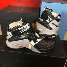 Nike LeBron Soldier IX 9 Limited Quai 54 Blk/Wht Mens Size 10 DS NEW! James