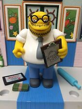 Playmates The Simpsons World of Springfield WoS Series 10 Dr Marvin Monroe Figur