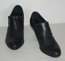 BORN  BLACK LEATHER ANKLE BOOTS BOOTIES WOMEN SZ 8 M *GUC*