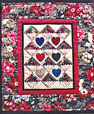 """SEWING PATTERN Mini Quilt Pattern Log Cabins & Applique Hearts 15"""" x 18"""" UNUSED"""