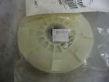 New Lawnboy Pulley Assembly Part # 681439 For Lawn and Garden Equipment