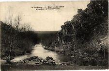 CPA La Dordogne-Environs de génis-L'Auvézére á Roche Pécout (233741)