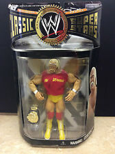 WWE WCW Classic Super stars Collector Series Hulk Hogan red tear away shirt