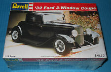 Revell 32 Ford 3 Window Coupe-1/25 Scale Kit-Model Car Swap Meet