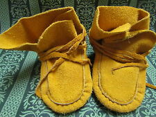 NATIVE AMERICAN KIDS MOCCASINS 5 INCHES LONG WITH SHOE LACES AND HIGH END