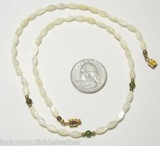 Vtg Dainty Necklace, Oval Mother of Pearl MOP/Round Green Jade Bead Strand,17.5""