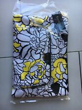 NWD BEBE Spring Flowers Floral Wristlet Clutch Purse Bag - White / Yellow