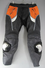 FRANK THOMAS LEATHER BIKER TROUSERS + ARMOUR/KNEE SLIDERS: WAIST 40/I. LEG 32 IN