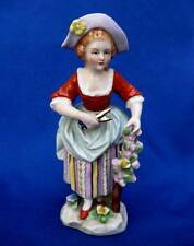 ANTIQUE SMALL GERMAN SITZENDORF PORCELAIN FIGURINE PEASANT GIRL SCISSORS FLOWERS