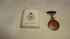 Vintage WW2 Gilt Metal & Enamel Soldiers Sailors & Airmens Families Medal & Bar