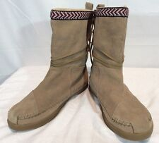 TOMS WOMENS SUEDE TRIM NEPAL TRIBAL MOCCASIN BOOTS FLEECE TAUPE TAN SZ 8.5 $98