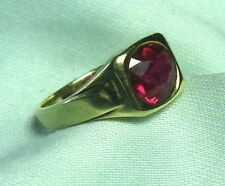 10K Gold Ring w Ruby 3.1 grams size 3 1/2 ruby: 1.0 ct Please note small size.