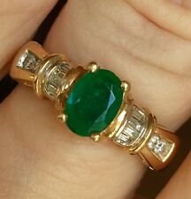 EMERALD and DIAMOND RING / Size 7.5 / NATURAL STONES  .92 Cts. TW