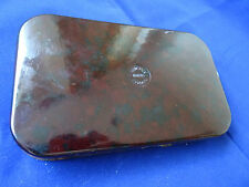 A VERY GOOD VINTAGE HARDY OXBLOOD COLOUR SHALLOW NERODA WET/DRY FLY BOX