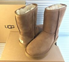 New UGG Australia Classic II Short Size 7 Chestnut 1016223 Women 100% Authentic