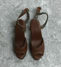 TONNER DEFINITELY DOWNTOWN BROWN FAUX LEATHER SHOES HEELS FIT ANTOINETTE CAMI