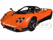 PAGANI ZONDA F ORANGE 1/24 DIECAST CAR MODEL BY MOTORMAX 73369