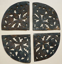 4 plaques décoratives de porte en fer découpé 17e siècle 17th century