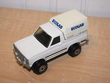 Hot Wheels Ford Bronco Ecolab White 1:64