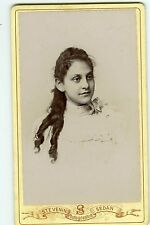Stevenin SEDAN une jeune fille prend la pose mode fashion 1870 Photo cdv