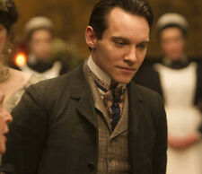 Jonathan Rhys-Meyers UNSIGNED photo - D1921 - Albert Nobbs