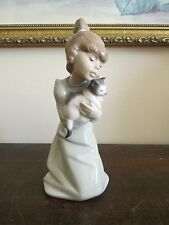 "Lladro Spain Porcelain Girl Figurine ""SLEEPY KITTEN"" # 5712 Ret 2002  J Huerta"