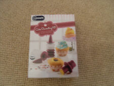Cassetti - cake decorating kit for cutting out and decorating cupcakes & muffins
