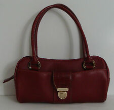 LIZ CLAIBORNE ACCESSORY Small Red Hand Bag Gator Skin Print 2 Handle Clasp Front