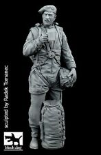 Black dog F35114 1/35 british paratrooper nº 1 resin figure