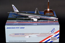 Boeing 777-300 House Color Reg: N5014K JC Wings 1:200 Diecast Models XX2237