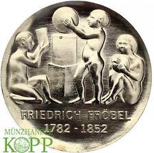AA756) J.1584 DDR 5 Mark 200. Geburtstag von Friedrich Wilhelm August Fröbel 198