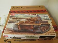 ACADEMY 1/35 TIGER I RC DUAL MOTORIZED KIT MINT IN BOX