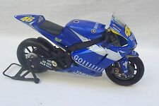 NewRay Yamaha YZR-M1 1:12 Diecast Motorcycle Valention Rossi 2006